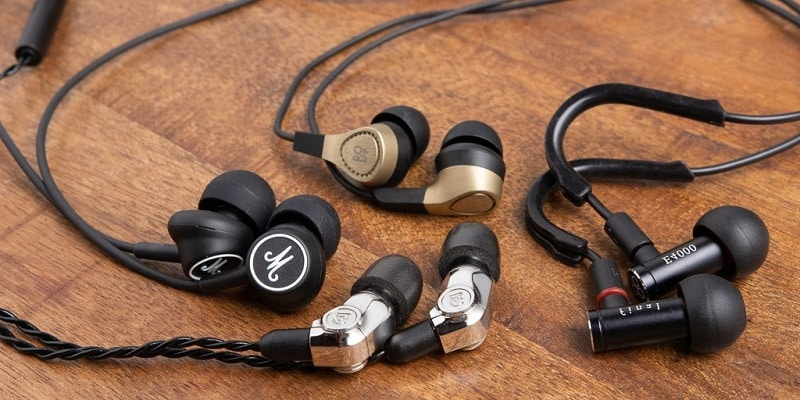 Best Earbuds For Small Ears Recommendheadphone
